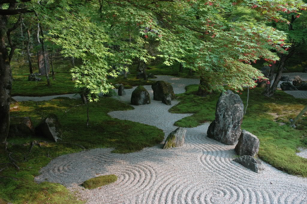Japanese rock gardens their beauty and order Pictures of zen rock gardens
