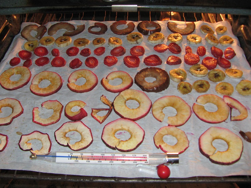 oven-dried-fruit