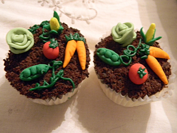 Garden Inspired Cupcakes Decoration Ideas