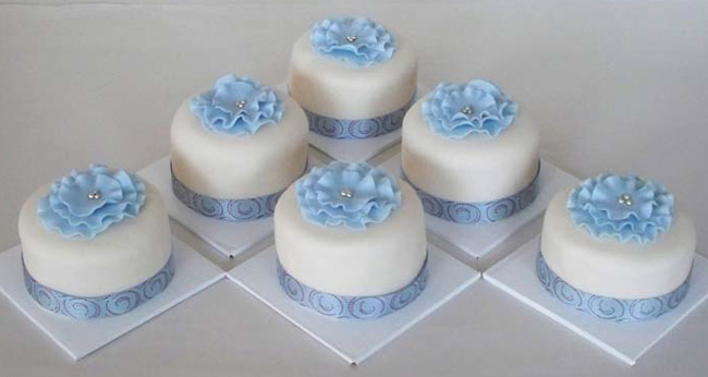 Mini Square Wedding Cakes
