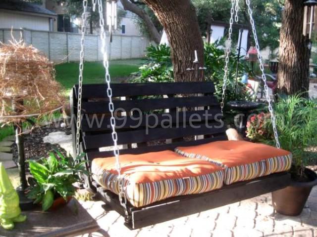 DIY pallet swing bed 8