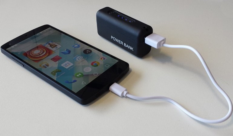 Power Bank Feat