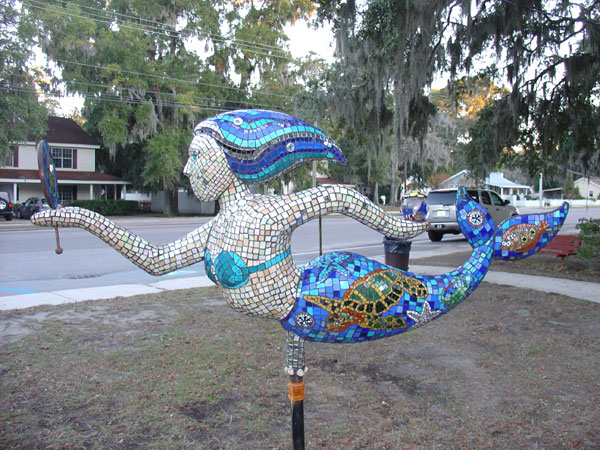 Mermaid_statue_mosaic