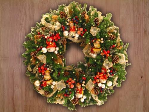 Beautiful Floral Christmas Door Wreath Ideas