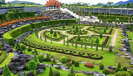 Nongnooch-Tropical-Garden-11