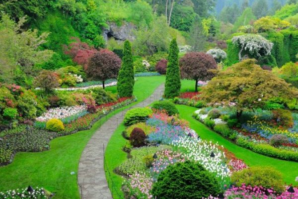 butchart-gardens-victoria-british-columbia-canada_main