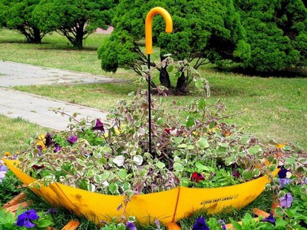 Umbrella Planters 3