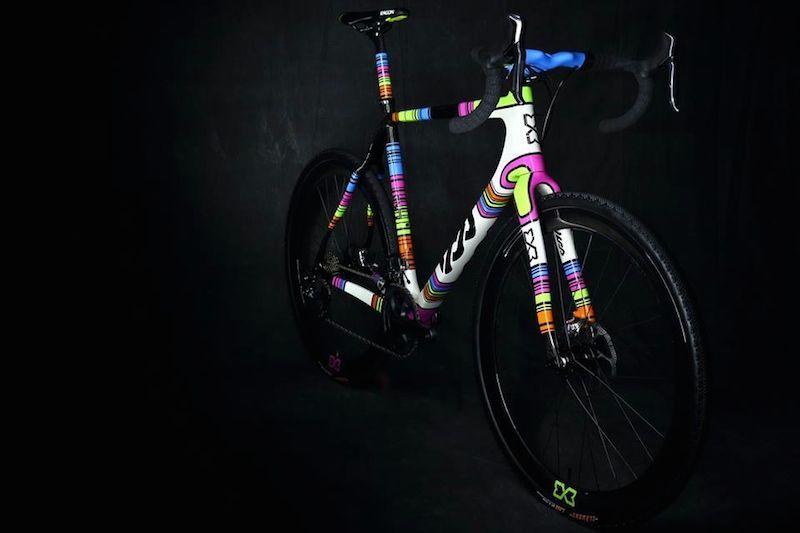 lov-bikes-colour