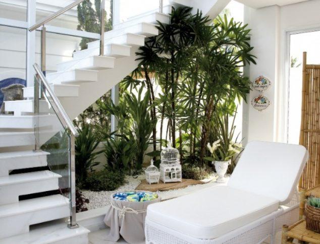 understairs-garden-10