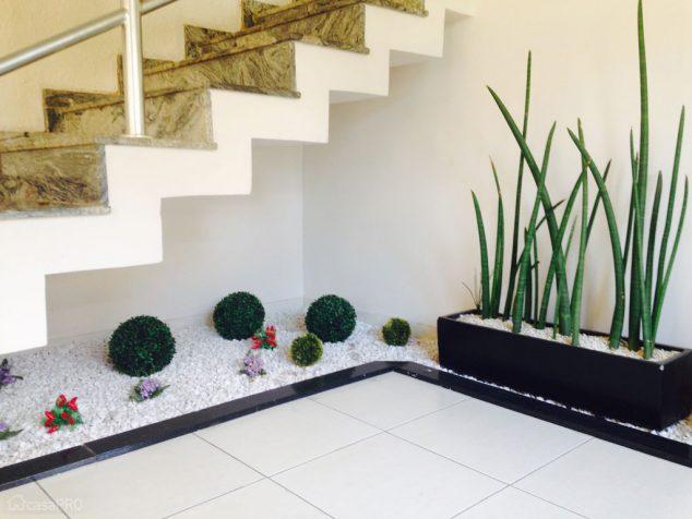 understairs-garden-6