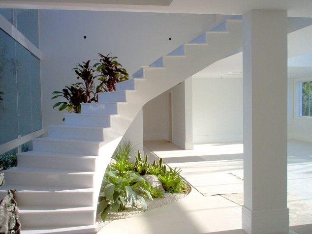 understairs-garden-7
