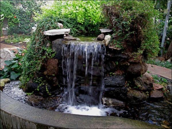 Relaxing Garden And Backyard Waterfall Ideas That Will Inspire You - Backyard waterfall ideas