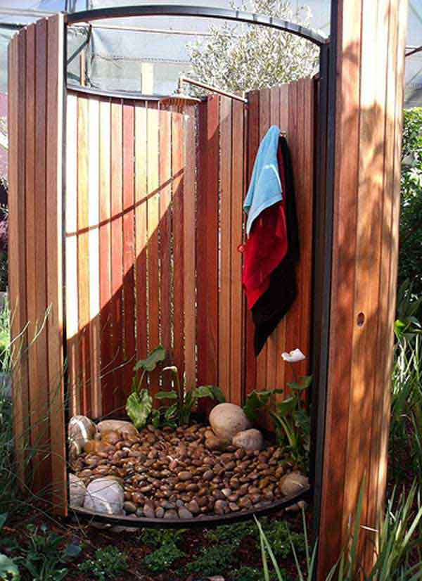 Spice Up Your Backyard With These 17 Cool Outdoor Showers on Contemporary:kkgewzoz5M4= Small Bathroom Ideas  id=21170