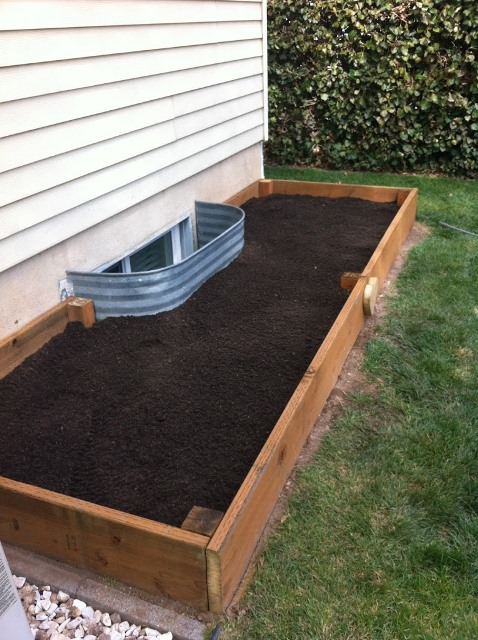 12 Easy & Cheap DIY Raised Garden Beds Ideas on Garden Bed Ideas For Backyard id=75714