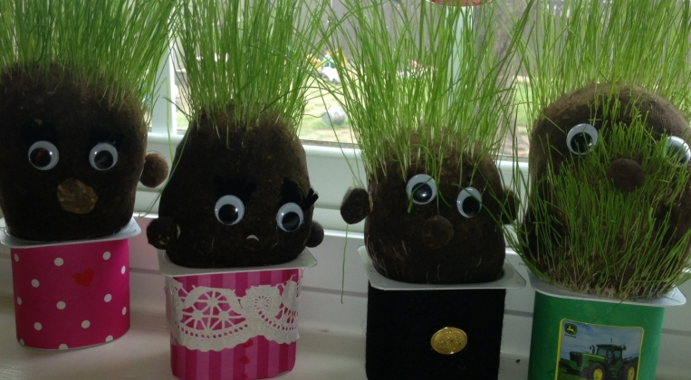 Diy Cute Grass Heads Using Recycled Materials From Around